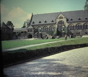 One of the mediëval Pfalzes the Kaiserpfalz in Goslar. August 1964